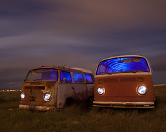 Cousins (Maureen Bond) Tags: ca longexposure red grass vw night clouds stars desert rusty headlights flashlight vans crusty nocturne lightpollution volkswagons bluegel lightpainintg supermoon maureenbond hollywoodrentals