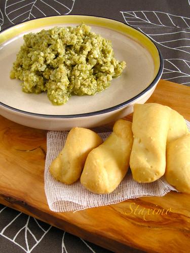 Antipasto di Olive e Mandorle