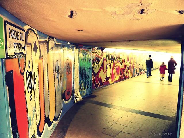 --------> al Parque del Retiro