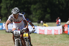 Maja WLOSZCZOWSKA, Catharine PENDREL (pierretey) Tags: ladies italy cycling women crosscountry mtb ita olympic velo vtt coupedumonde byciclette weltcup valdisole tentino