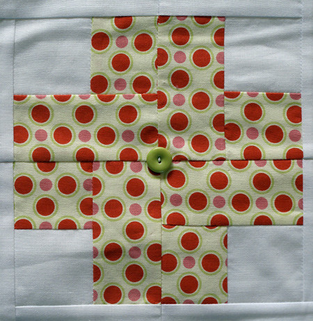Modern Crosses Quilt for Bobbin's Nest, block detail