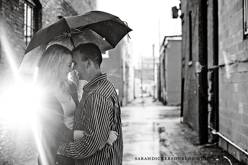 Kansas City Crossroads Arts District engagement photographs
