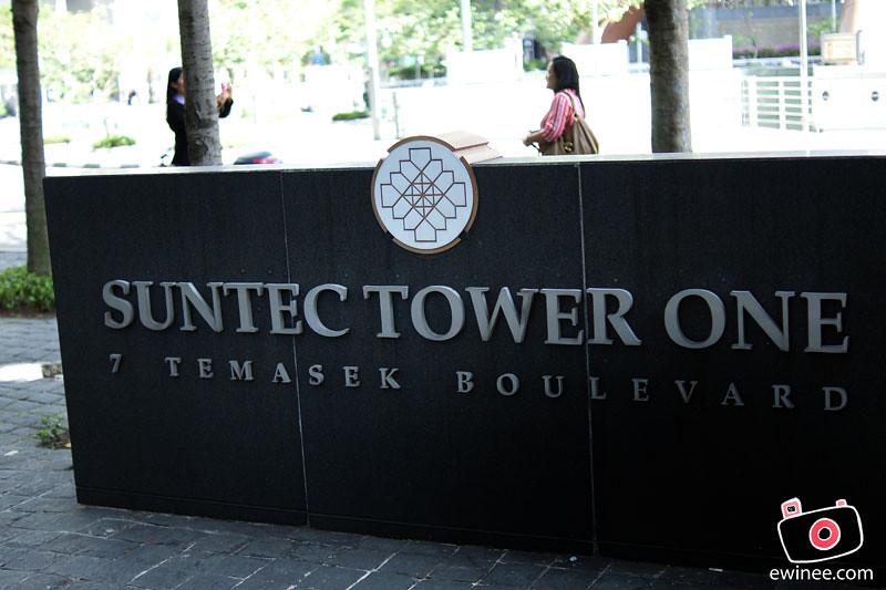 SINGAPORE-DAY-1-suntec-tower-sign