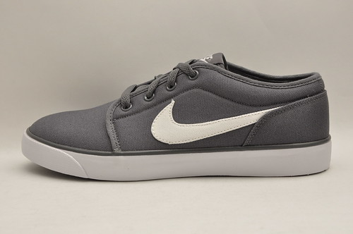 Nike Coast Classic Canvas