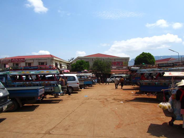 Pakse Truck Station
