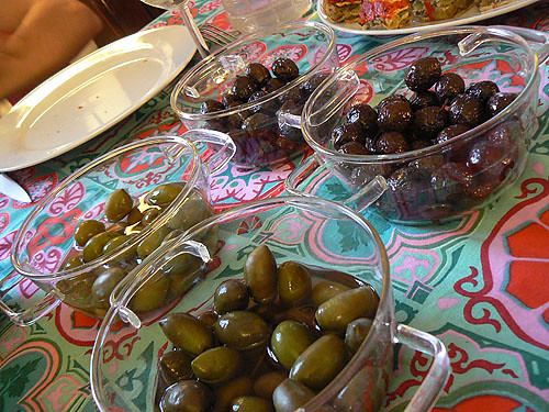 dégustation d'olives.jpg
