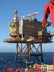 Claymore (Euan Milne) Tags: uk sea work offshore northsea oilrig claymore
