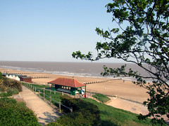 Classic view of Frinton from Bench below Connaught Avenue Saturday 30th April 2011 (Colin.P.Brooks Railway Photography & Frinton (5M v) Tags: beach relax restful peaceful seafront shelter essex northsee greensward frintononsea beachshelter englandcoast