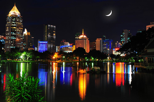 Bangkok (by: Mike Behnken, creative commons license)
