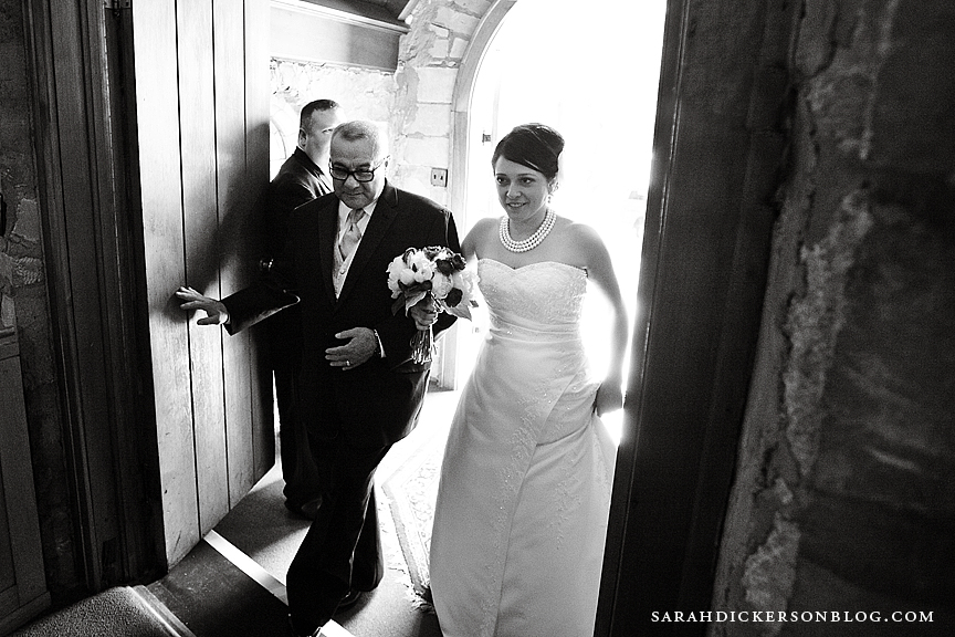 Pilgrim Chapel Kansas City wedding photographer