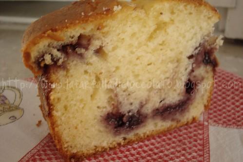 Plum cake con marmella ai frutti di bosco