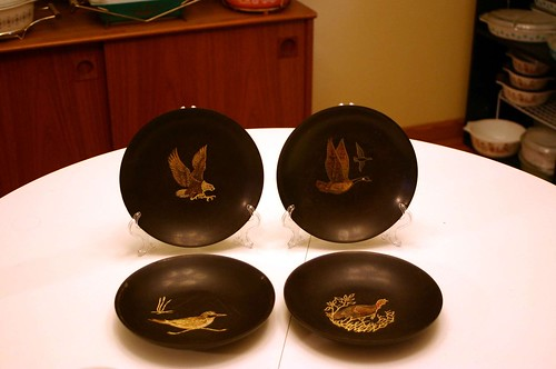 Four Couroc of Monterey Assorted Bird Bowls