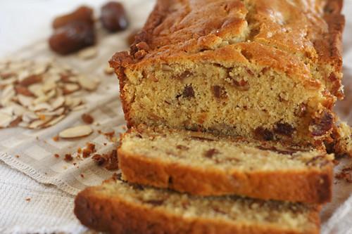 date nut loaf 4