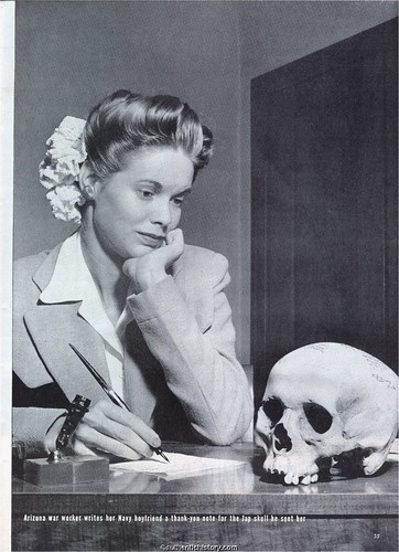 Life_Magazine_19440522_Picture_of_the_Week-Jap_Skull_pg35