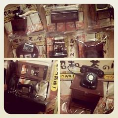 ของโบราณน่ารักโฮก... ตู้ โต๊ะญี่ปุ่น วิทยุ ทีวี โทรศัพท์ และจักรเย็บผ้า น่ารักมากกกกก #miniworld #toy