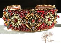 crimson heart bracelet_5 (~Gilven~) Tags: bead beads beading beadembroidery embroidery emblem japanesebeads jewelry jewelryfindingsbyannachernykh red bracelet medieval metal foggyforest