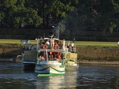 Dresden-0112_1 (pischty.hufnagel) Tags: dresden elbe dampfschiff dampfschifffahrt kurort rathen wende schaufelraddampfschiff schaufelraddampfer