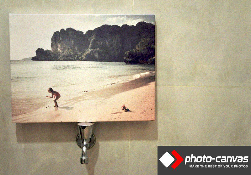 photo canvas with logo