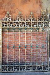 Bologna gate