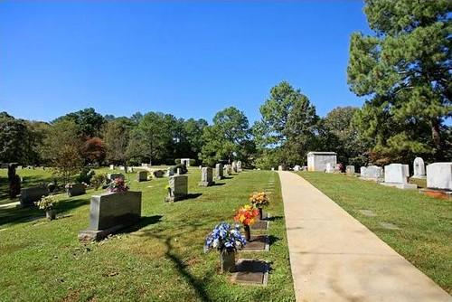 Crest Lawn Memorial Park, via crestlawnmemorialpark.com