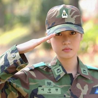 Military_Women_39