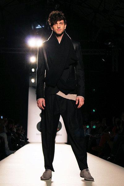 fashionarchitect.net_sotiris_georgiou_multidimensional_aw2011-12_05