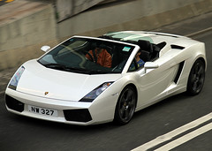 Lamborghini | Gallardo | Spyder | NW 327 | Central District | Hong Kong | China (Christian Junker | PHOTOGRAPHY) Tags: auto china white car canon hongkong eos automobile asia convertible spyder exotic 7d panning lamborghini supercar sar hongkongisland gallardo cabriolet luxurycar centraldistrict carspotting italiancar supersportscar gallardospyder lamborghinigallardospyder 18135mm worldcars nw327