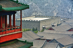 ...near The Great Wall (L F Ramos-Reyes) Tags: china wood mountain colors contrast asia rooftops balcony beijing tiles garrison thegreatwall changping lionfrr mygearandme