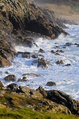 (Davidkb) Tags: ocean sea verde green beach mar corua rocks waves playa cliffs galicia foam olas acantilado rocas oceano espuma ocano portodoson baroa castrodebaroa