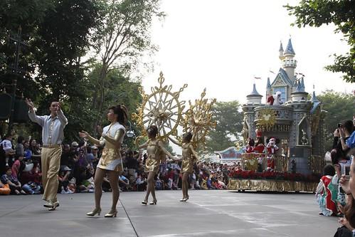 Christmas parade at Hong Kong Disneyland