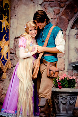 Rapunzel and Flynn (abelle2) Tags: princess disney disneyworld wdw waltdisneyworld rapunzel magickingdom flynn fantasyland tangled disneyprincess fairytalegarden flynnrider