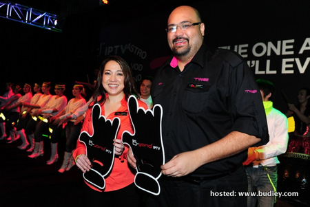 (L-R) Dato' Rohana Rozhan, Ceo Of Astro Malaysia, Officiating The Launch Of Astro B.yond Iptv With Afzal Abdul Rahim, Ceo Of Time Dotcom