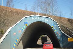 Audi Q5 passerar Dalporten