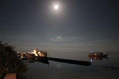 Maldivian full moon (Simone Lovati) Tags: colors night fullmoon maldivian