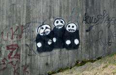 20110416-F (Heinrock) Tags: bridge streetart concrete grafitti sweden finspng canonixus130 lillsjbcken