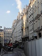 Intervention des Sapeurs Pompiers de Paris (Hlne_D) Tags: paris france ledefrance iledefrance pompier rivoli idf ruederivoli sapeurpompier bspp brigadedessapeurspompiersdeparis hlned sapeurpompierdeparis bsppbrigadedessapeurspompiersdeparis