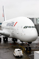 Air France - F-HPJC - Airbus A380-861 (Oscar von Bonsdorff) Tags: usa newyork paris france canon studio airplane aircraft kitlens delta aeroplane jfk international airbus a380 pro af flugzeug avin dl charlesdegaulle photographing avion airfrance johnfkennedy xsi cdg 380 canon1855 vliegtuig flygplan  airbusa380  deltaairlines aeroplano 388 canon1855mm afr lentokone samolot uak lfpg flugvl  1855lens 450d canon1855is lennuk kjfk af6  a388 airfrans a380861 canonefs1855mmf3556is  gp7270 af006 letoun fastvingefly fwwab fhpjc aroplanum 380861 oscarvonbonsdorff af0006 msn43 dl8550 serialnumber43 gettyimagesfinlandq1