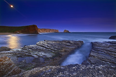 Ocean De La Luna (David Shield Photography) Tags: ocean california blue santacruz moon seascape color reflection beach rock landscape coast twilight waves pacific tide luna fullmoon explore davenport lunar pantherbeach holeinthewallbeach