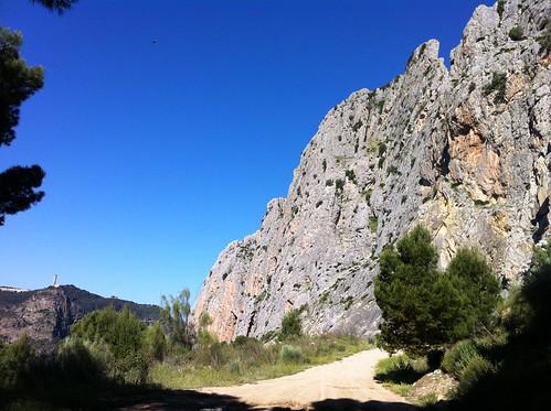 Moles de piedra del Chorro hacia Valle de Abdalajís