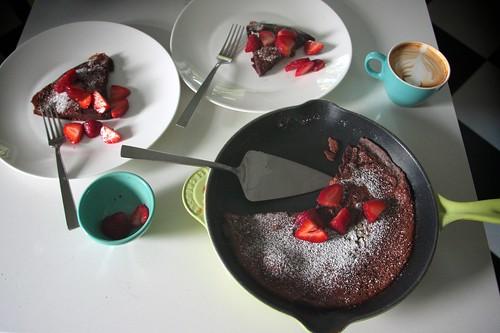 chocolate dutch pancake action