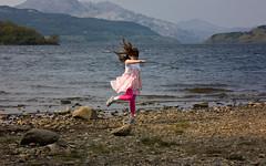 Spin (Sir Clicksalot) Tags: park uk canon scotland nationalpark picnic hills april loch lomond lochlomond 2011 inverbeg patbrown 450d lochlomondcyclepath sirclicksalot