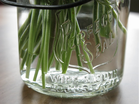 lily of the valley flower canning jar 002