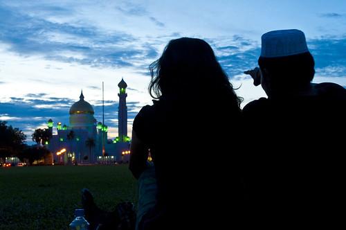 Omar Ali Saifuddien Mosque, Bandar Seri Begawan