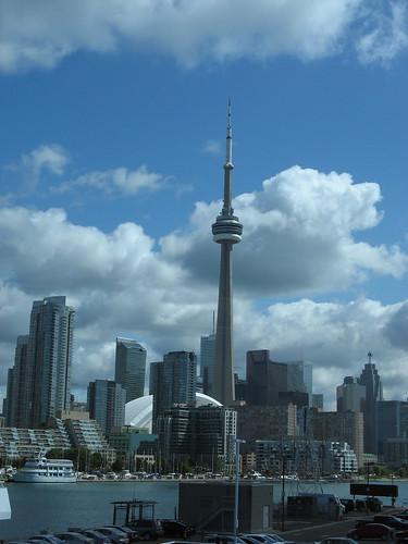 Toronto Skyline by susanvg