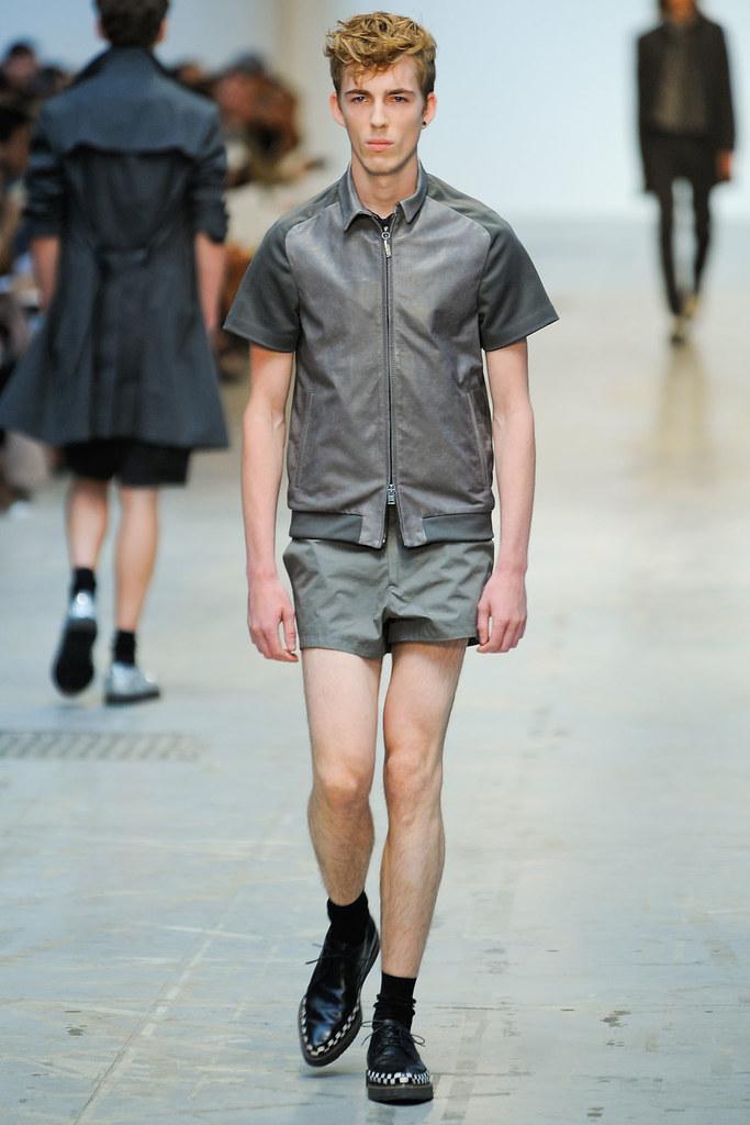 SS12 Milan Costume National Homme018_Milo Spijkers(VOGUEcom)