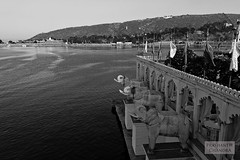 Jetty, Jag Mandir Palace, Udaipur (:: p r a s h a n t h ::) Tags: india canon dslr 2008 canondslr palaces forts rajasthan udaipur northindia historicalplaces sigma1770 canoneos400d