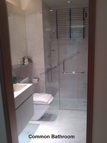 C.Bath1