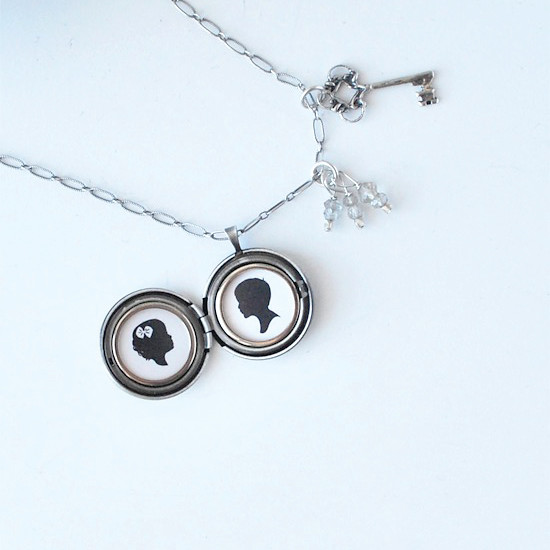 Silhouette-Locket-Necklace_1