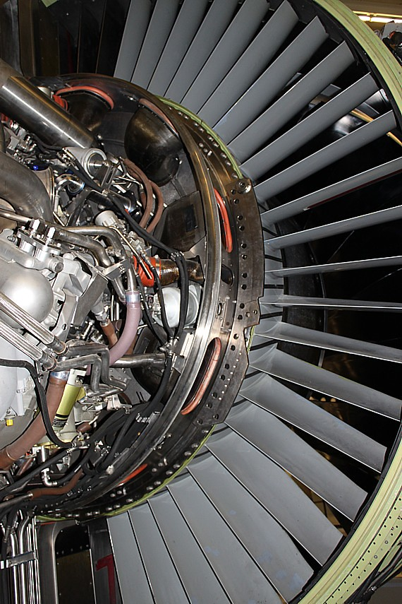 The World's Best Photos of turbofan and turbofanengine