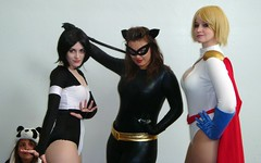 terra, catwoman, powergirl and a suprised panda (Luckykatt) Tags: sanfrancisco california costumes dc costume tv comic cosplay convention superhero comicbooks movies marvel terra comiccon catwoman mosconecenter wondercon powergirl luckykatt clairemax tallestsilver miaballistic wondercon2011 celebratingthepopulararts
